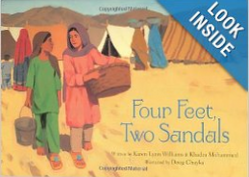 FourFeetTwoSandals,pic